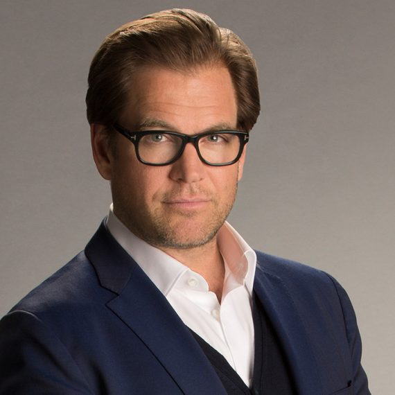 MICHAEL WEATHERLY FROM BULL ARRIVES TO DUBROVNIK