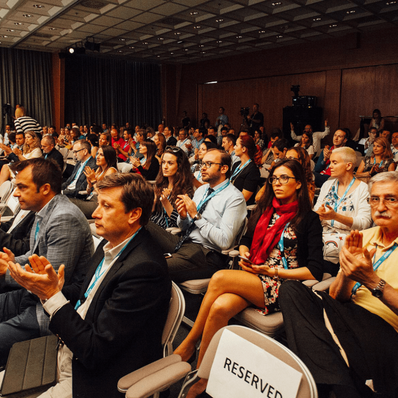 THE FIFTH TV INDUSTRY CONFERENCE OFFERS A DYNAMIC AND INTERESTING PROGRAM