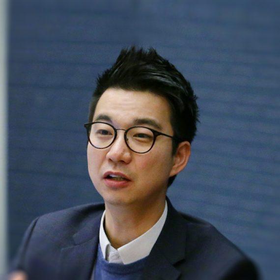 Erik Yoon